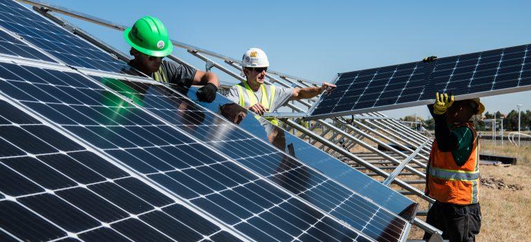Quais os benefícios de investir em energia solar?